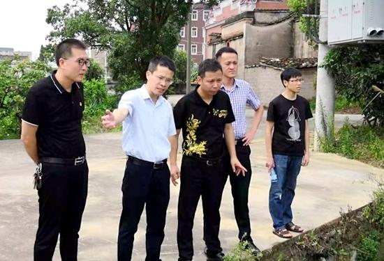 福清市领导到龙田镇指导池塘改造提升工作