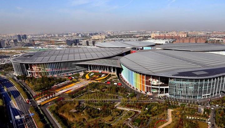 進博之光輝耀世界——寫在第二屆中國國際進口博覽會開幕之際