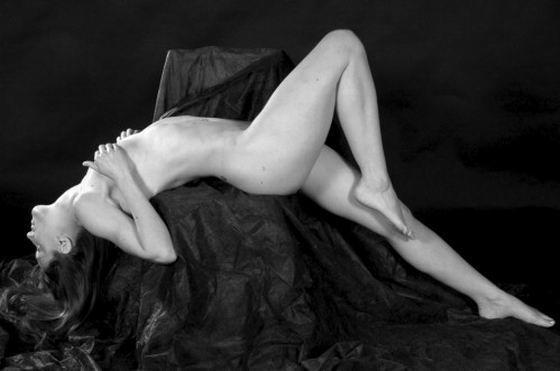 欧洲冰壶女队员裸拍月历
