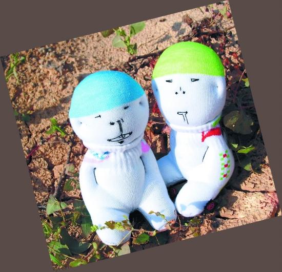 袜子娃娃 铁汉制造(图) - 城事 - 东南网; 袜子娃娃制作图解;