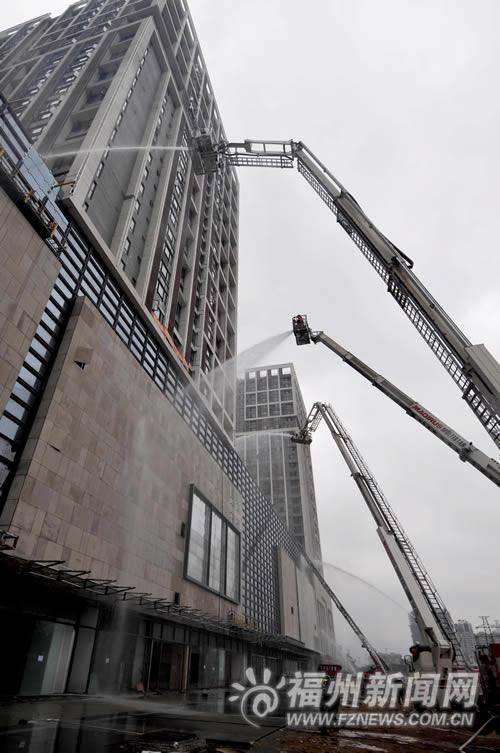 上海高楼大火敲警钟 福州消防演练大型灭火救援 - 城事 - 东南网 - hbs1689    光华 - hbs1689的博客