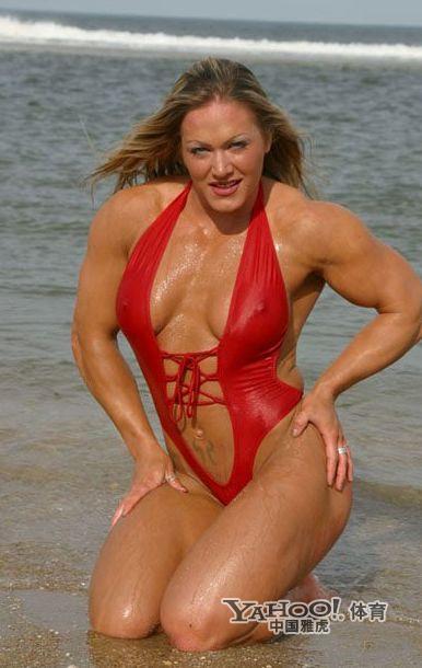 美女也爱秀肌肉 体坛花边 竖