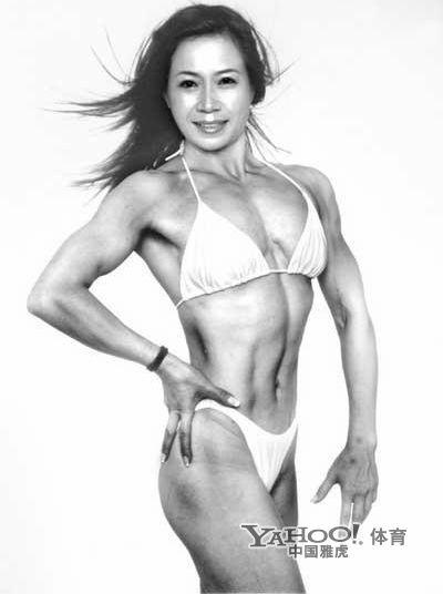 美女也爱秀肌肉 体坛花边