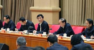 (时政)王沪宁出席学习贯彻党的十九大精神中央宣讲团动员会并讲话