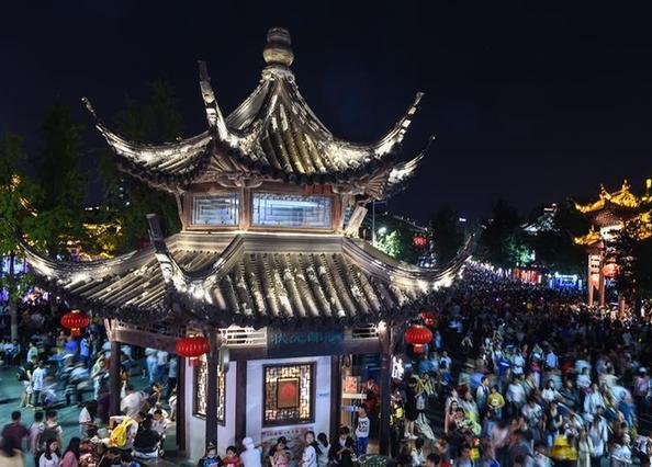 (社会)(2)江苏南京:夜游夫子庙