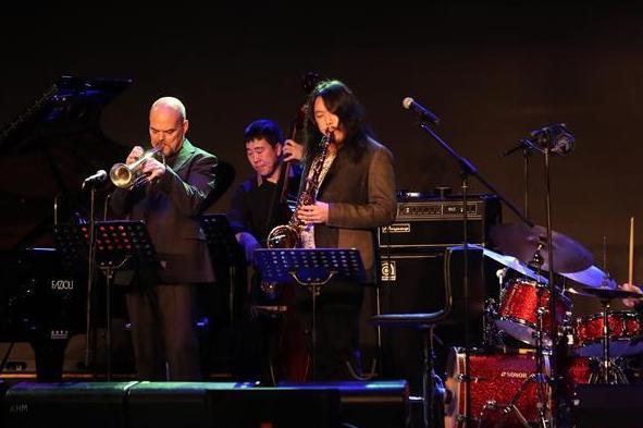 (文化)(4)爵士乐迎新年