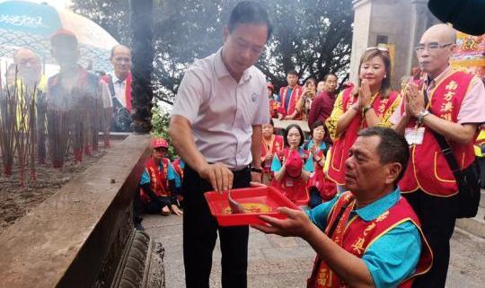 台湾270名信众赴伊人香蕉视频vs伊人湄洲妈祖祖庙进香