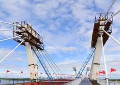 (图文互动)(3)中俄黑河—布拉戈维申斯克界河公路大桥合龙