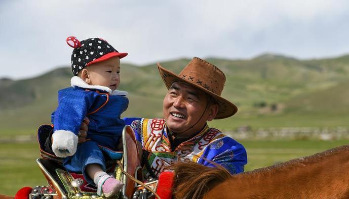 (图片故事)(1)草原上的游牧迁徙