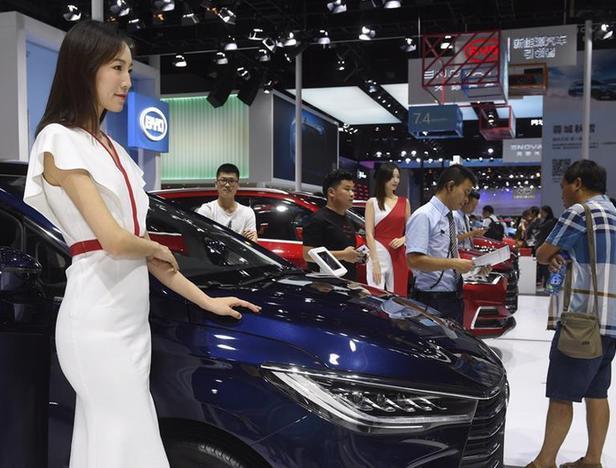 (经济)(5)走进成都国际车展