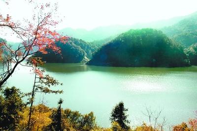 整合各方力量,编制《龙岩梅花湖水利风景区总体规划》,明确提出对万安